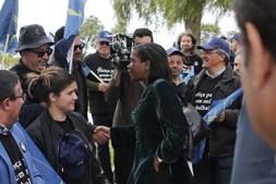 Francisca Van Dunem visita Tribunal do Comércio da Comarca de Lagoa
