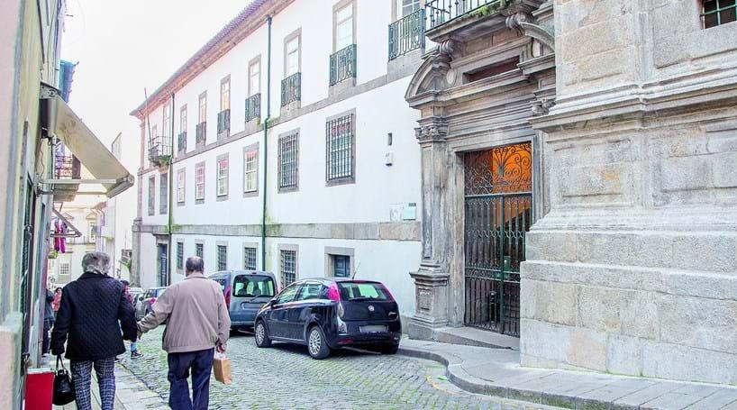 advogada em tribunal por burla de 295 mil euros exclusivos correio da manh. Black Bedroom Furniture Sets. Home Design Ideas