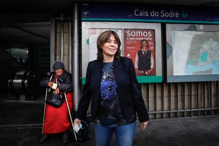 Catarina Martins defende maior oferta de transporte público em dia de novos passes