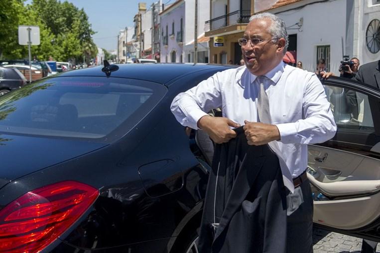António Costa tem 11 motoristas a receber dois mil euros por mês