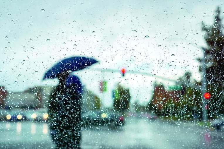 Previsão de chuva, por vezes forte, em todo o Continente a partir de hoje e durante os próximos dez dias