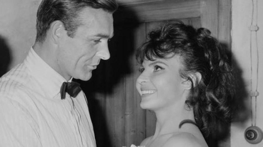 A atriz sérvia contracenou com Sean Connery em dois dos filmes da saga '007' do espião James Bond