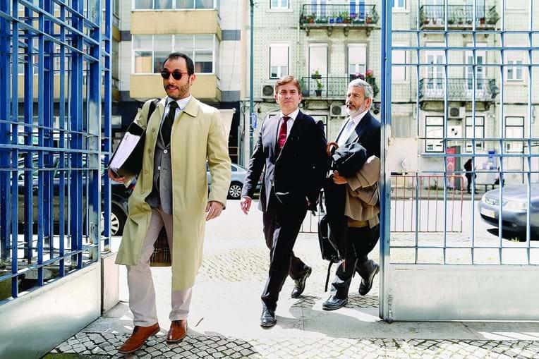 Rui Mão de Ferro chegou ao Tribunal Central de Instrução Criminal acompanhado pelo advogado Carlos Pinto de Abreu
