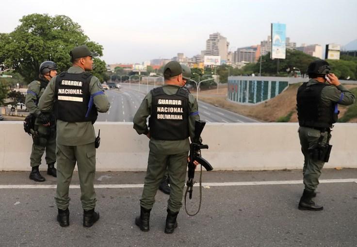 Tensão e confrontos nas ruas venezuelanas