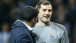 Casillas apresentou-se nos trabalhos do FC Porto