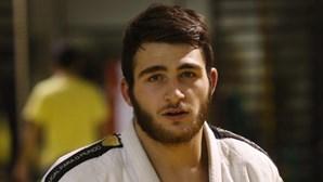 Anri Egutidze, o judoca português desclassificado em Baku por causa do telemóvel