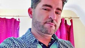 Mata cliente à facada após discutir sobre anel