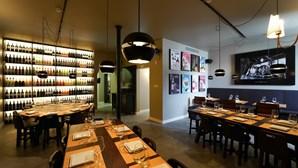 By The Wine: o bar onde o vinho vai direto da cave para o copo