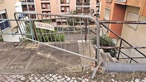 Moradores de Casal do Cotão reclamam por mais limpeza em Sintra