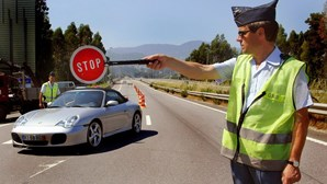Mais de mil condutores fiscalizados em operação de verão da GNR em Albufeira