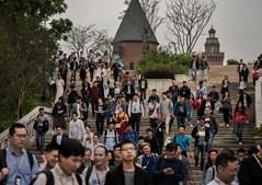 Trabalhadores da Huawei abandonam o campus