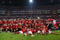 Benfica festeja conquista da taça no Estádio da Luz