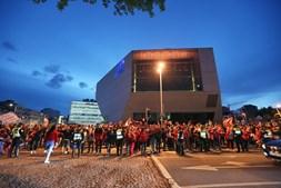 Adeptos comemoram título benfiquista em Porto