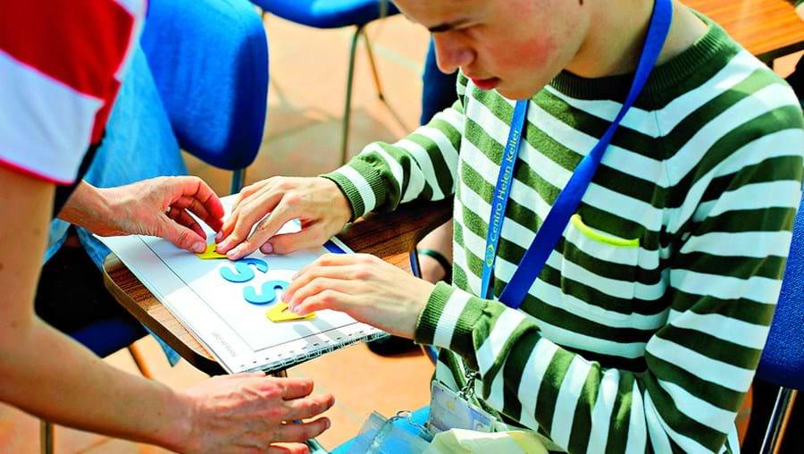Programas visam desenvolver projetos inclusivos nas escolas