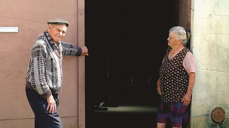 Belarmino Couras e Maria Rodrigues foram burlados em 15 mil euros por dois falsos funcionários da Segurança Social
