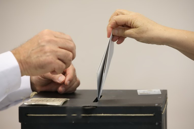 Mais 67.000 votantes nas Europeias face a 2014