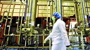 Irão violará limites do acordo nuclear em 10 dias