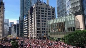 Tiroteio em festa de comemoração do título de NBA em Toronto faz dois feridos graves