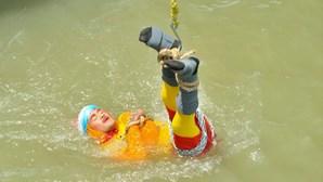 'Houdini indiano' morre afogado em Calcutá