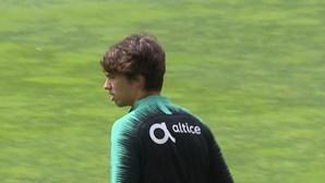 João Félix e Jorge Mendes já estão no estádio do Atlético de Madrid para transferência milionária