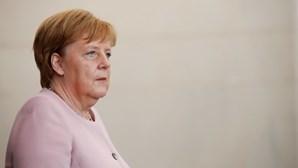 Angela Merkel critica países que não restringem entrada a países de risco