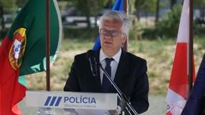 Eduardo Cabrita discute quadro remuneratório e nega problemas com fardamento na PSP