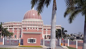 Partidos na oposição em Angola dispostos para coligação nas eleições de 2022