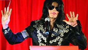 Investigadores dizem que Michael Jackson foi morto
