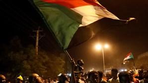 Tentativa de golpe de Estado fracassa no Sudão
