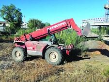Empilhadora foi usada para esconder o equipamento num terreno