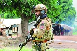 Militares que expulsaram guerrilheiros estão em missão das Nações Unidas