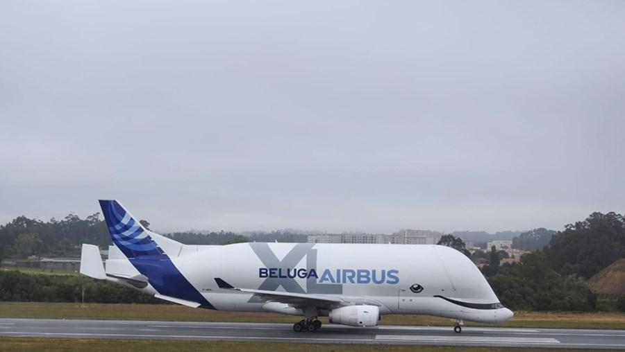 Avião Airbus A330-743L, conhecido como Beluga XL