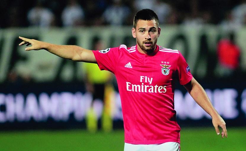 Zivkovic está no Benfica desde 2016, mas quer abandonar a Luz rumo a um clube no qual tenha mais oportunidades de jogar