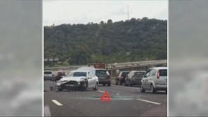 Acidente na A1 faz sete feridos e corta circulação junto à saída para Santarém