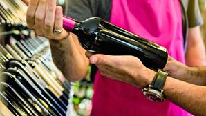 ASAE apanha garrafas de vinho 'Barca Velha' falsificadas