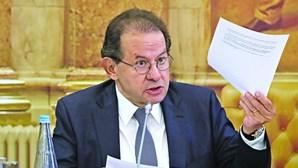 Constâncio lamenta não ter sido alertado sobre o BESA