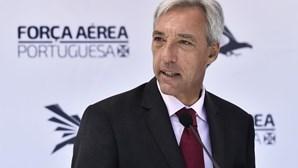 """Ministro da Defesa garante que militares portugueses no Iraque estão """"salvaguardados"""""""