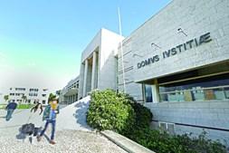 Processo de maus-tratos sobre menina de 13 anos corre no Departamento de Investigação e Ação Penal de Cascais