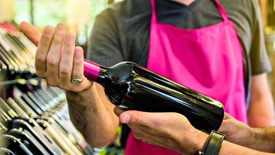 ASAE apreendeu oito garrafas que estavam a ser vendidas em leilões