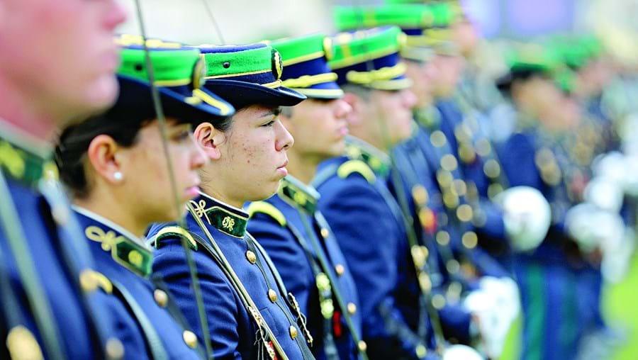 Oficiais da GNR e das Forças Armadas