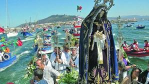 Filho de mestre constrói réplicas de barcos com 40 mil legos em Viana do Castelo