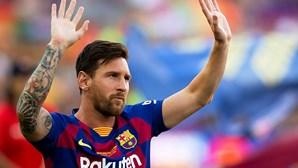 Messi despede-se do FC Barcelona com 672 golos, 778 jogos e 34 títulos