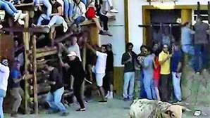 Homem de 29 anos ferido ao ser colhido por touro em Barrancos