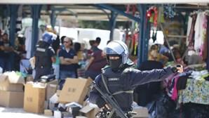 Operação policial junto ao mercado de Benfica. Veja as imagens