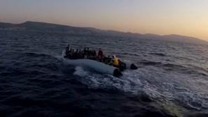 GNR resgata 30 migrantes no mar Egeu