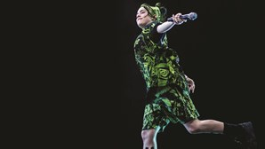 Billie Eilish, a nova musa anti-pop que ainda vai ao pediatra, dá concerto em Lisboa
