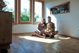 Ricardo e Mafalda: o casal que construiu uma casa autossuficiente