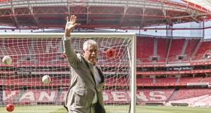 Luís Filipe Vieira pretende responsabilizar a equipa para a importância da Liga dos Campeões e preparar a nova época com um bom encaixe financeiro