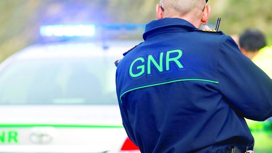 Militar da GNR, preso por patrulhas da PSP em Sacavém e Vila Franca de Xira, está a braços com processos internos