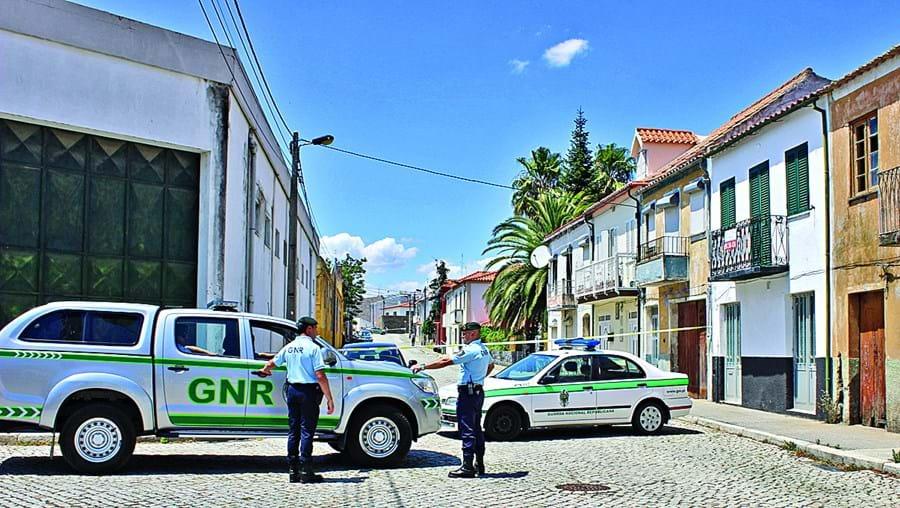 Homicídio ocorreu no dia 5 de julho, em Vila Nova de Foz Coa, e terá sido praticado por dois homens, que já estão detidos